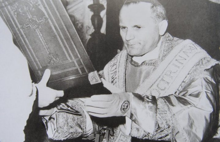 rationale_wojtyla_cracovia-21-718x462